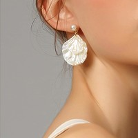 Faux Pearl Shell Shaped Drop Earring 1pair