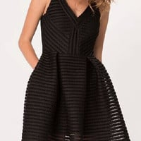 Black V Neck Sleeveless Hollow Striped Dress