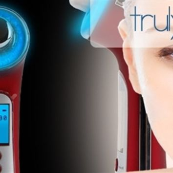 truly clear Light Therapy Acne & Anti Aging 4-in-1 Skin Rejuvenation Device