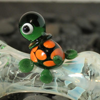 Critter Pipe Turtle color changing glass pipe