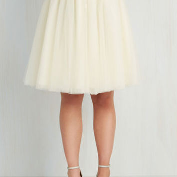 80s Mid-length A-line Turning in Tulle Skirt in Vanilla