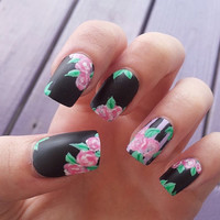Matte hand-painted black and pink floral fake nails