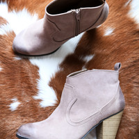 Nixon Ankle Boot, Taupe