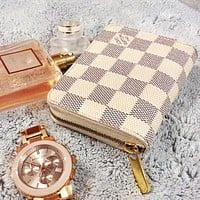 LV Louis Vuitton Clutch Bag Wristlet Wallet Purse