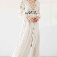 Ecote Sweet Surrender Embroidered Long-Sleeve Maxi Dress