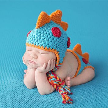 born Photography Props Cute Dinosaur Shape Baby Crochet Knitted Hat with Shorts 2pcs Infant Toddlers Handmade Clothing Set