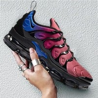Nike Air Vapormax Plus Sneakers