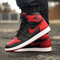 Nike Air Jordan1 AJ1 High OG Black Red Fashion Men's and Women's Casual Sports Shoes