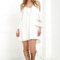 Faint Outline Ivory Embroidered Shift Dress