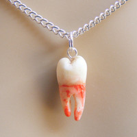 Human Tooth Necklace,Halloween Necklace,Tooth Pendant,Tooth Jewelry,Halloween Jewelry,Halloween Pendant,Scary Necklace,Macabre Jewelry,Bone