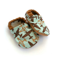 baby airplane shoes green and brown aviator baby boy soft sole shoes planes for boys vegan airplane clothing for boy vintage planes for baby