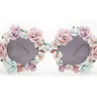 Make These D&G Embellished Sunglasses [Craft Post]