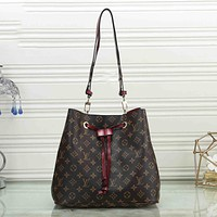 Louis Vuitton LV Fashion Ladies Bucket Bag Messenger Bag