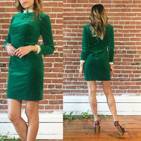 Vintage 1950's 1960's EMERALD Velvet Lace Trimmed Fitted Victorian Dolly Dress || Size XS Small