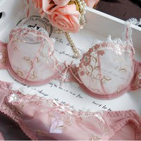 2019 Hot Fashion Womens Sexy Lingerie Underwire Bra Sets Transparent Ultra-thin Lace Brassiere Panties Set Full of Temptation