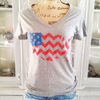 PROUD TO BE AN AMERICAN TEE IN GREY