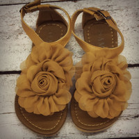 SZ 5 Forget Me Not Flower Sandals Brown