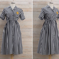 Vintage 1970s Striped Shirt Dress / Black & White Stripes Midi Dress / Monochrome Embroidered Cotton Medium M Dress
