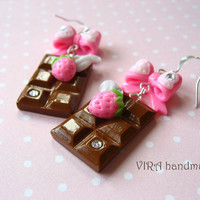 Kawaii chocolate bar earrings with pink bowknot and strawberry