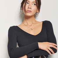 Fitted V-Neck Top