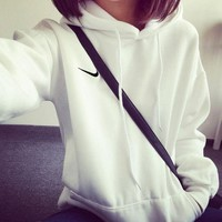 ONETOW Nike Pullover Unisex With Pocket Long Sleeve Hoodies