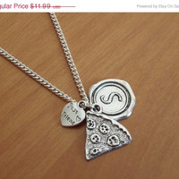 ON SALE Best friend Necklace, Pizza neccklace, personalized necklace, Initial name necklace, sister gift, girlfriend boyfriend gift Friendsh