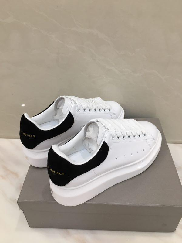 Image of Alexander McQueen  Woman's Men's 2020 New Fashion Casual Shoes Sneaker Sport Running Shoes 0412gh