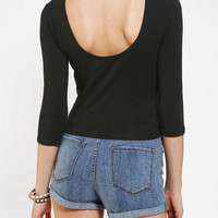 Kimchi Blue Scoop-Back Cropped Tee