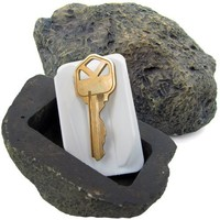 Stalwart  Realistic Rock Outdoor Key Holder