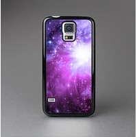 The Violet Glowing Nebula Skin-Sert Case for the Samsung Galaxy S5