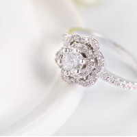 Flower Shape Ring - Platinium Plated PAVE Setting with a Clear CZ