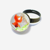 Goldfish in a tank. Resin ring. Resin jewelry. Modern jewelry. adjustable ring, fish bowl ring, gift for her, goldfish miniature