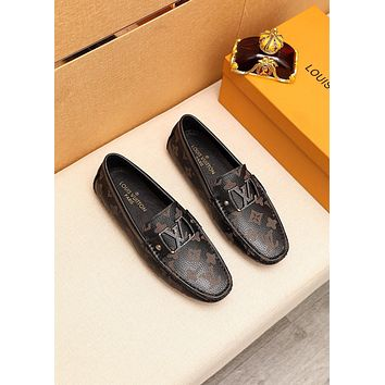 lv louis vuitton men fashion boots fashionable casual leather breathable sneakers running shoes 610