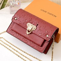 LV 2019 new female embossed letters wild high-end chain bag shoulder bag red