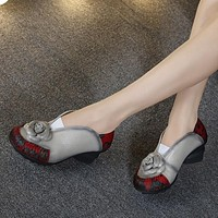 Retro Style Flower Handmade Women's Shoes Pumps Soft Outsole Genuine Leather Square Heels Round Toe Shoes
