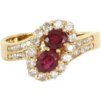 Vintage Natural Ruby Diamond Small Cocktail Ring 14 Karat Yellow Gold Estate Jewelry