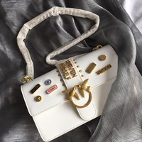 Kuyou Gb69729 Pinko Women¡¯s Big Love Gold Metal Birds Stick Badge White Flap Cover Bag Picture Size 27*18*8 Cm