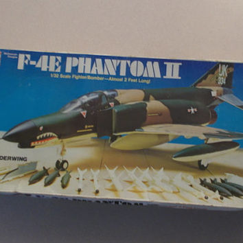 Vintage 1976 Revell McDonnell Douglas F4E Phantom II US Air Force Plane 1/32 Scale Model Kit, Rare, Collectible, Authentic, Never Assembled