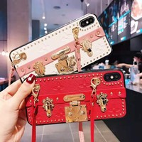 LV Louis vuitton hot seller casual embossed gold button bracket mobile phone Iphone case