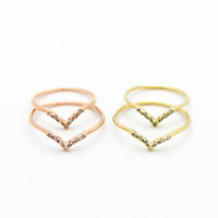 Chevron rings set