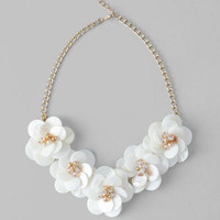 LOLA FLORAL NECKLACE