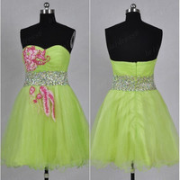 2014 Fluorescent Green Sweetheart Crystals Applique A-Line Short Ruffled Bridesmaid Dress, Mini Tulle Prom Dress