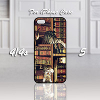 Cat On Book Library, Design For iPhone 4/4s Case or iPhone 5 Case - Black or White (Option)