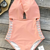 Cupshe Gone With the Wind Solid One-piece Swimsuit