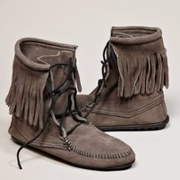 Minnetonka Tramper Ankle Hi Boot | American Eagle Outfitters
