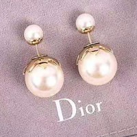 Dior fashion sells casual large pearl earrings for ladies