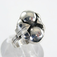 Vintage 1940's Sterling Silver Mexican Grape and Leaf Ring