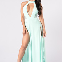 Public Attention Dress - Mint