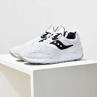Saucony Grid 9000 Microdot Sneaker - Urban Outfitters