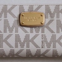 MICHAEL Michael Kors Signature Jet Set Travel ZA Continental Wallet VANILLA